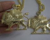 Collana dorata di fascino dei monili del leone, pendenti su ordinazione della decorazione dei vestiti di modo