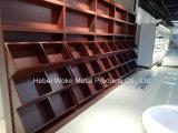 Prateleira material de aço de madeira do supermercado