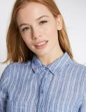 작은 순수한 리넨 줄무늬 긴 소매 셔츠