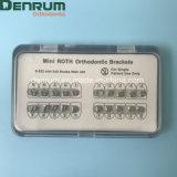 Base ortodontica della maglia della parentesi di Denrum con l'iso del Ce della FDA di Hook/No-Hook