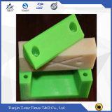Белые износоустойчивые части UHMWPE подвергли механической обработке CNC, котор