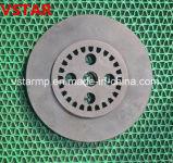 China passte hohe Präzision CNC an, der maschinell bearbeitetes Ersatzteil maschinell bearbeitet