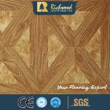 Plancher insonorisant V-Grooved de Laminbate de chêne gravé en relief par 8.3mm de film publicitaire