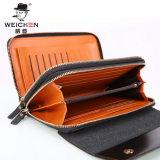 新しい人のハンド・バッグの札入れの財布