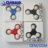 Tri jouet de fileur de personne remuante avec des jouets d'orientation de bureau de compas gyroscopique de la personne remuante EDC de fileur de main d'éclairages LED