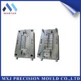 Stampaggio ad iniezione di plastica personalizzato del connettore del collegare di precisione