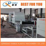 Máquina del plástico de la estera de la bobina del PVC de dos estiradores