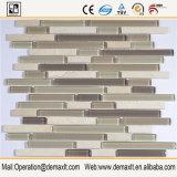 フォーシャン300*600のクリスタルグラスのモザイク・タイルの壁の装飾的なタイル