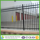 粉の上塗を施してある住宅の装飾用の鋳鉄の塀