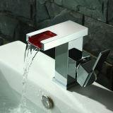 Свет Faucet Faucet СИД водопада отсутствие батареи