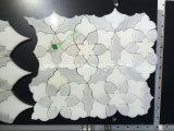 Mosaico de la flor del mosaico del mármol de la flor gris y blanca