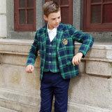濃紺のコートの学生服の製造業者