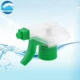 Pompa liquida della gomma piuma con plastica