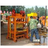아프리카에 있는 독일 기술 Qtj4-40b 형 진동 구렁 또는 포장 기계 구획 기계