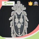 環境に優しい楕円形の豪華な花パターン刺繍パッチ