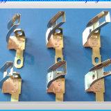 Fazendo o carimbo do molde bloco terminal de bronze