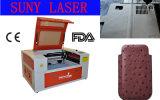 Совершенный автомат для резки лазера СО2 результата вырезывания в кожаный случай сотового телефона