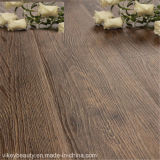 LuxuxModern Wood Grain Flooring in Hotel Office