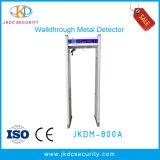 Caminhada do frame de porta da deteção da segurança através do detetor de metais