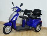Самокат Trike зеленой силы электрический с 2 местами