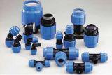 Tubo plástico azul PP que ajusta para la irrigación del abastecimiento de agua
