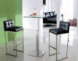 Самомоднейшая таблица центра квадрата нержавеющей стали/черная стеклянная таблица установленная с стулами штанги