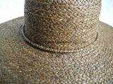 Sombrero de paja hecho a mano teñido de la trenza de la rafia de Brown de la rafia