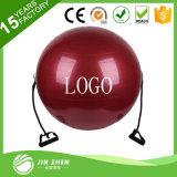レジスタンス・エクササイズバンドが付いているヨガの体操の適性の球を反破烈させなさい