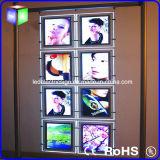 Casella chiara della finestra di cristallo di paesaggio LED del bene immobile con il segno d'attaccatura di Portrate