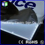 Frame de retrato de alumínio para a placa do menu com a placa de guia claro
