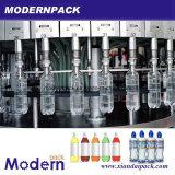 Linea di produzione di riempimento delle acque in bottiglia del rifornimento di triade
