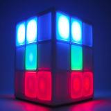 工場価格の新製品4表面LED軽いRubikの立方体のBluetoothのスピーカーの小型スポーツの無線Bluetoothのスピーカー