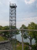 中国製高品質の熱いすくいの電流を通された自己サポートの鋼鉄格子見張り塔