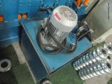 Roulis en acier ondulé formant la machine