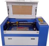 Máquina de papel de 350 Cuttting, corte y perforación del laser del rectángulo de regalo de boda