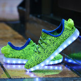 7 couleurs de LED de charge LED Lights Chaussures pour adultes Luminous Unisexe Yeezy Sneakers USB