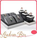 De Zetels van de Vertoning van de luxe voor juweel-Ys61