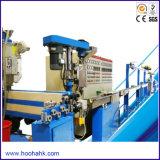 Machine de mise en gaine électrique de câble de fil