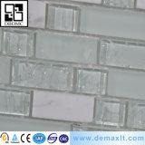 De decoratieve Bruine en Witte Tegel van het Mozaïek van het Glas van het Kristal van de Keuken voor Muur