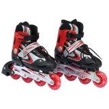 Sapatas ajustáveis da patinagem de rolo do adolescente