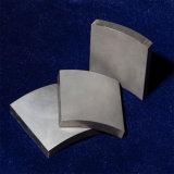 Автоматический диамант связывает проволокой автомат для резки точности для того чтобы отрезать магнит дуги