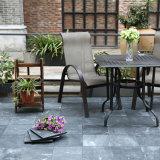 30X30cmの屋外のバルコニーの安い飾るデッキによって中断される無作法で黒いスレートの石のプールの床タイル
