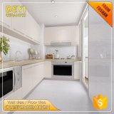 tuile imperméable à l'eau de mur de revêtement de mur de matériaux de la construction 300X600 pour la salle de bains de cuisine