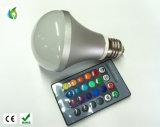 A ampola mágica dos bulbos do diodo emissor de luz RGB com 16 o diodo emissor de luz em mudança da cor das cores 3W 5W 10W 85-265V ilumina a iluminação do diodo emissor de luz