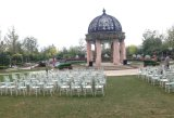 Présidences Wedding en bois blanches de Chiavari pour des événements