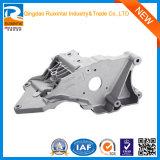 Le matériel adapté aux besoins du client emboutissant des pièces en aluminium le moulage mécanique sous pression