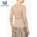 매듭을%s 가진 3/4의 소매에 의하여 뜨개질을 하는 스웨터