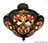 다채로운 그늘 B60-600를 가진 Troditional 작풍 테이블 램프