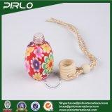 Lehm des Plastik-15ml umgab Glasduftstoff-Flasche mit Öffnungs-Reduzierstück-Auto-Duftstoff verwendeter Glasflasche mit Hing Holz-Schutzkappe