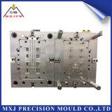 Moldeo por inyección del conector auto plástico de encargo de la precisión